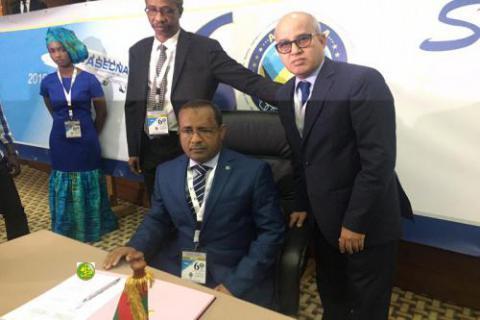 موريتانيا توقع على وثيقة إعلان سياسة